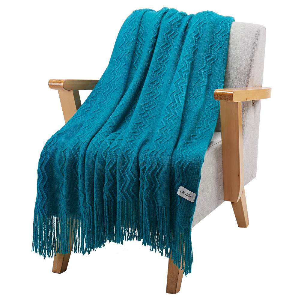 LANGRIA Premium Knitted Throw Blanket with Tassels, Super Soft and Warm, Modern Wavy Pattern Design for Sofa Bed Armchair Or Outdoor Use, Machine Washable, 127 x 152 Cm, Lake Blue