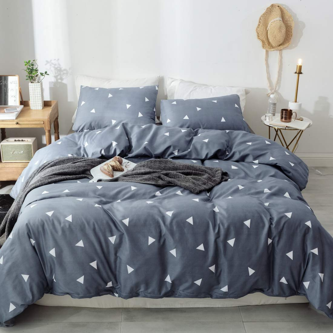 Moontail 3 Piece Duvet Cover Set Triangle Printing with Brushed Microfiber