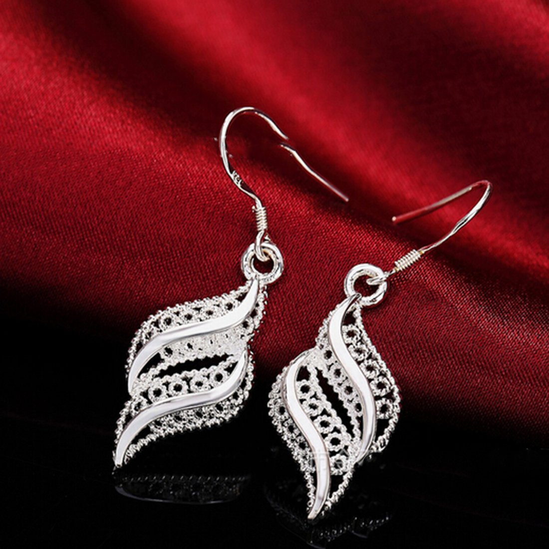 1 pair Women Silver Small Earring Wavy Leaf Shaped Stud Earrings