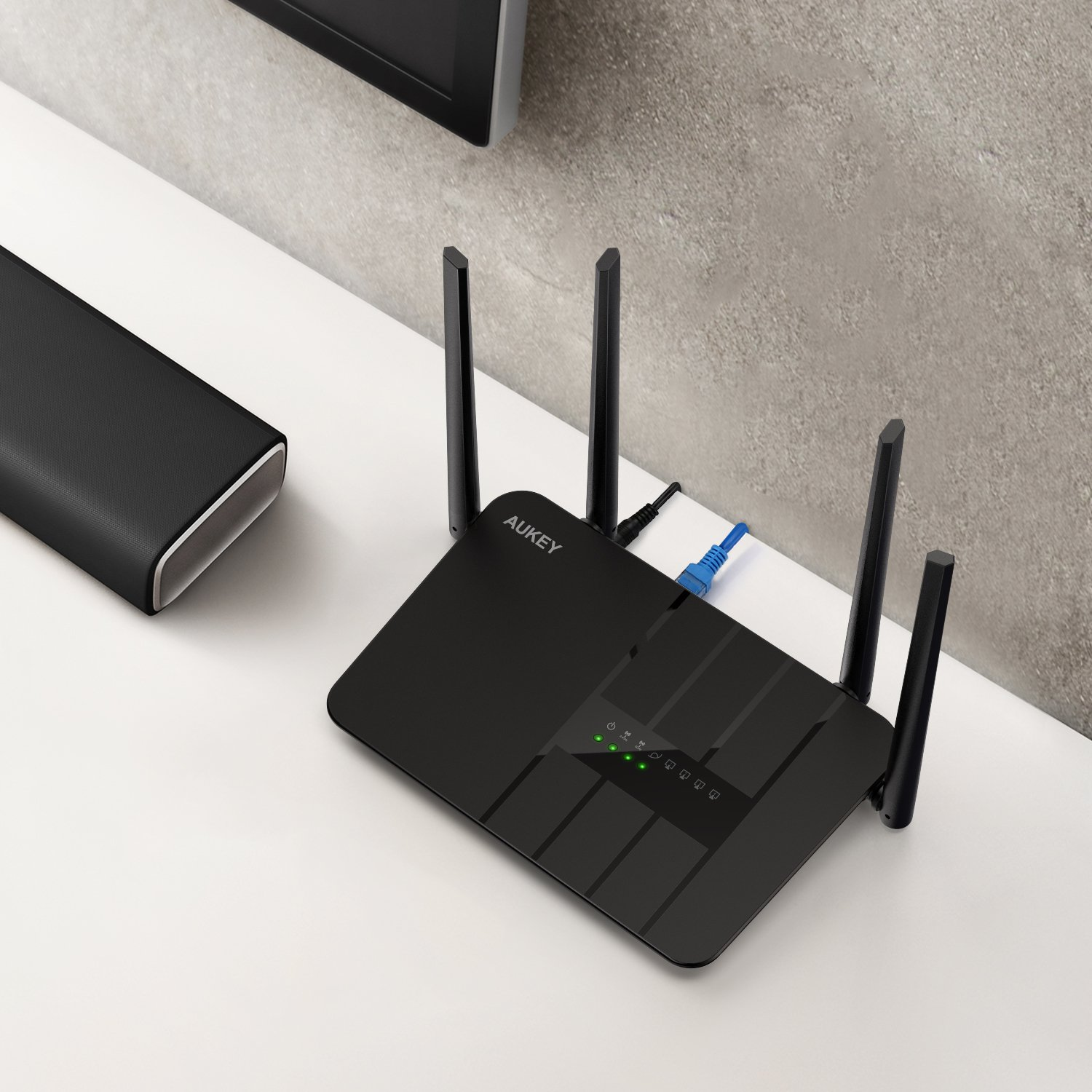 AUKEY Wifi Router AC1200 Dual Band Wireless Router with 4 Antennas, WPS Button, UK Plug