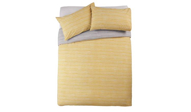 Argos Home Dot Dash Printed Bedding Set – Kingsize for £13.33 at Argos