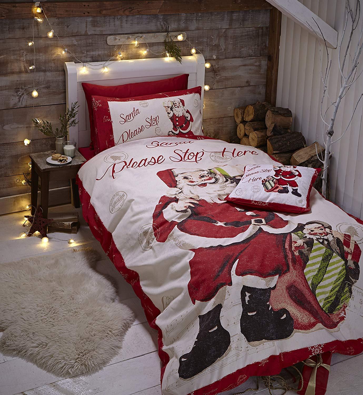 Catherine Lansfield Retro Santa Easy Care Single Duvet Set £9.99 Prime
