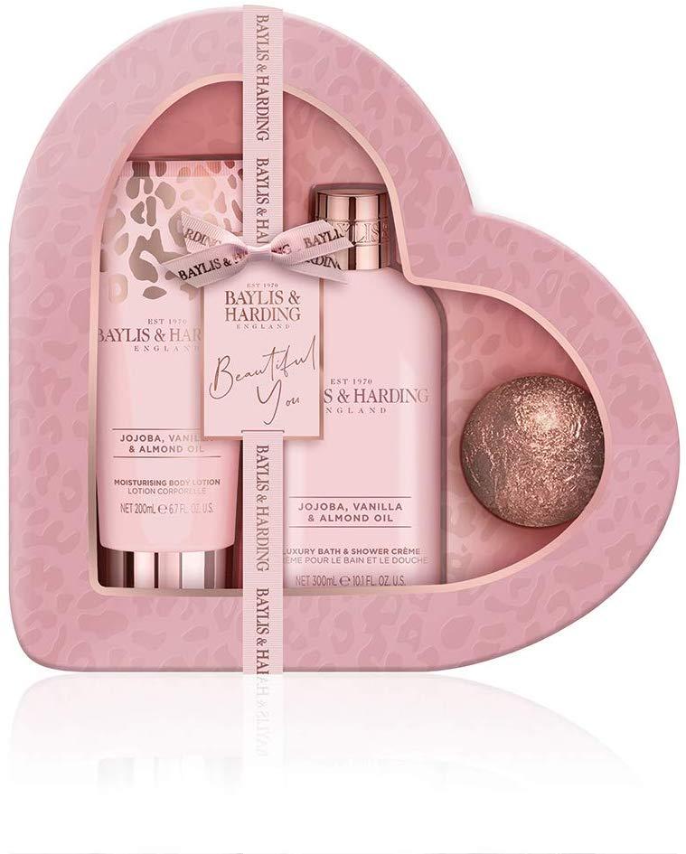 Baylis & Harding Jojoba, Vanilla & Almond Oil Luxury Heart Gift Set £10 Prime Non Prime £14.49