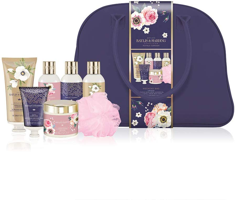 32% off Baylis & Harding Royale Garden Luxury Weekend Treats Bag